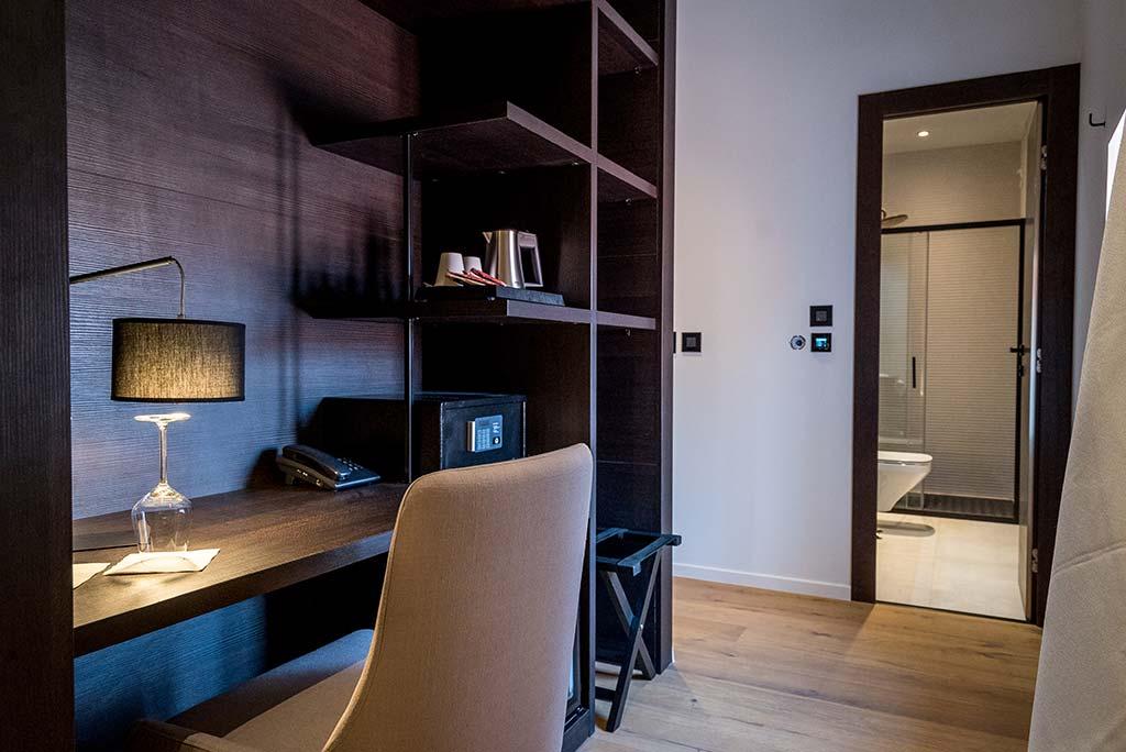 Deluxe_hotel_murum3
